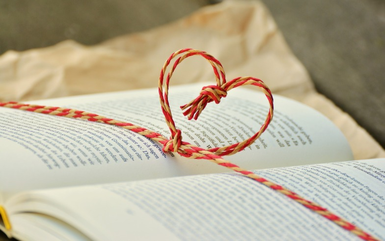 pixaby-heart-book